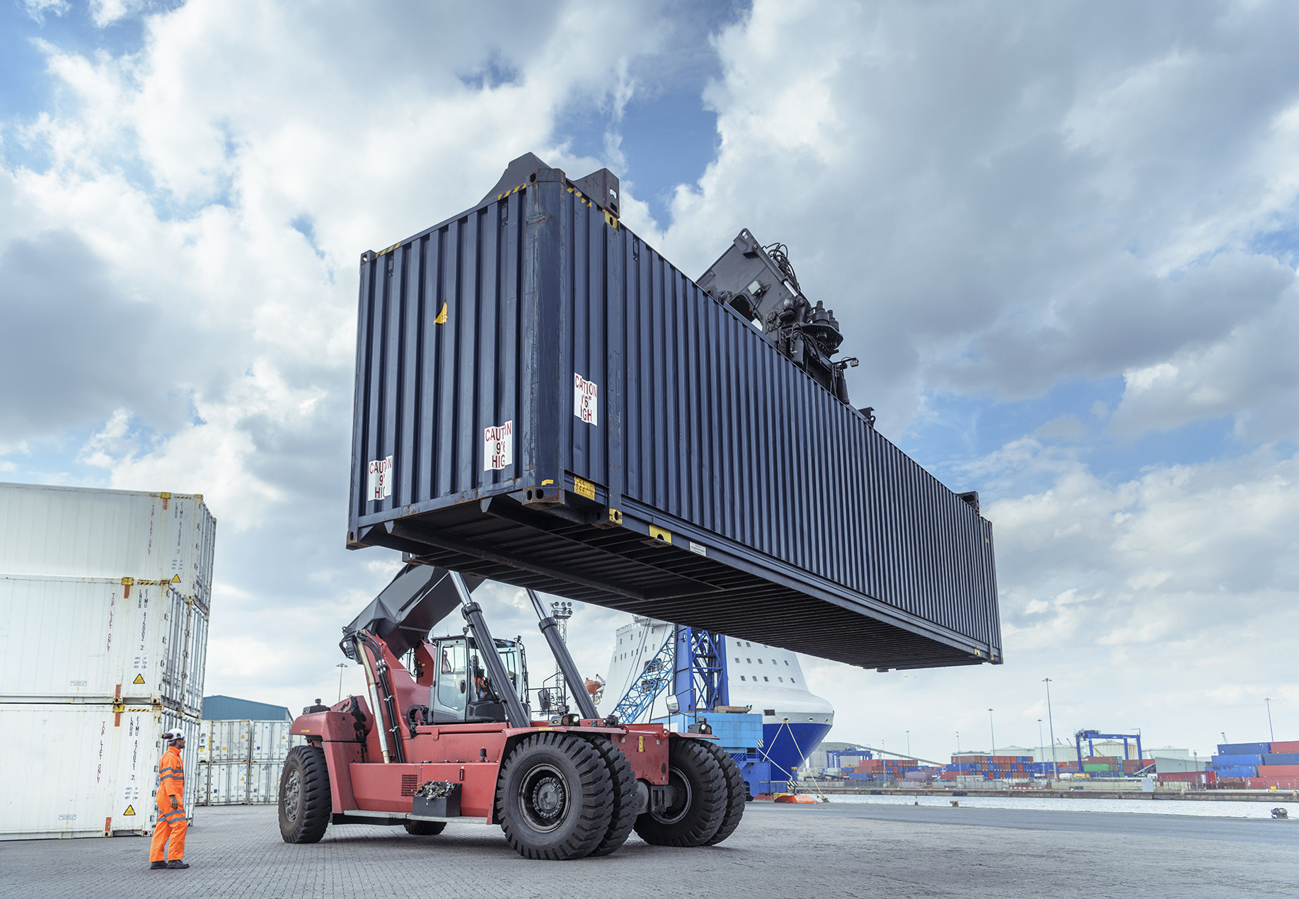Crane moving container